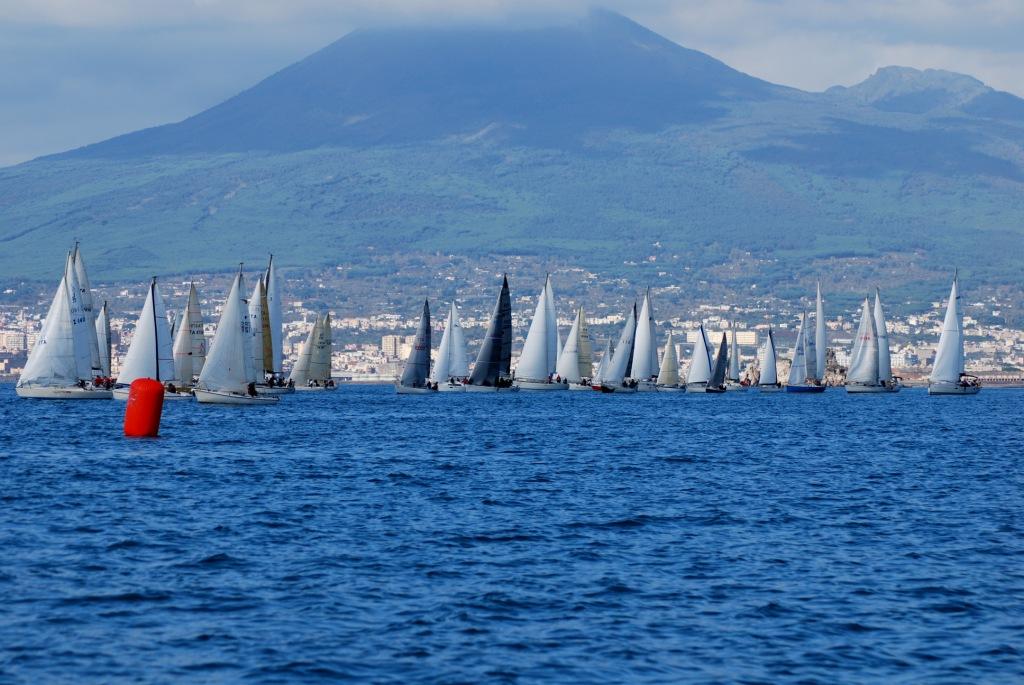 http://www.leganavalestabia.it/immagini_articoli/miniature/21289835492.jpg