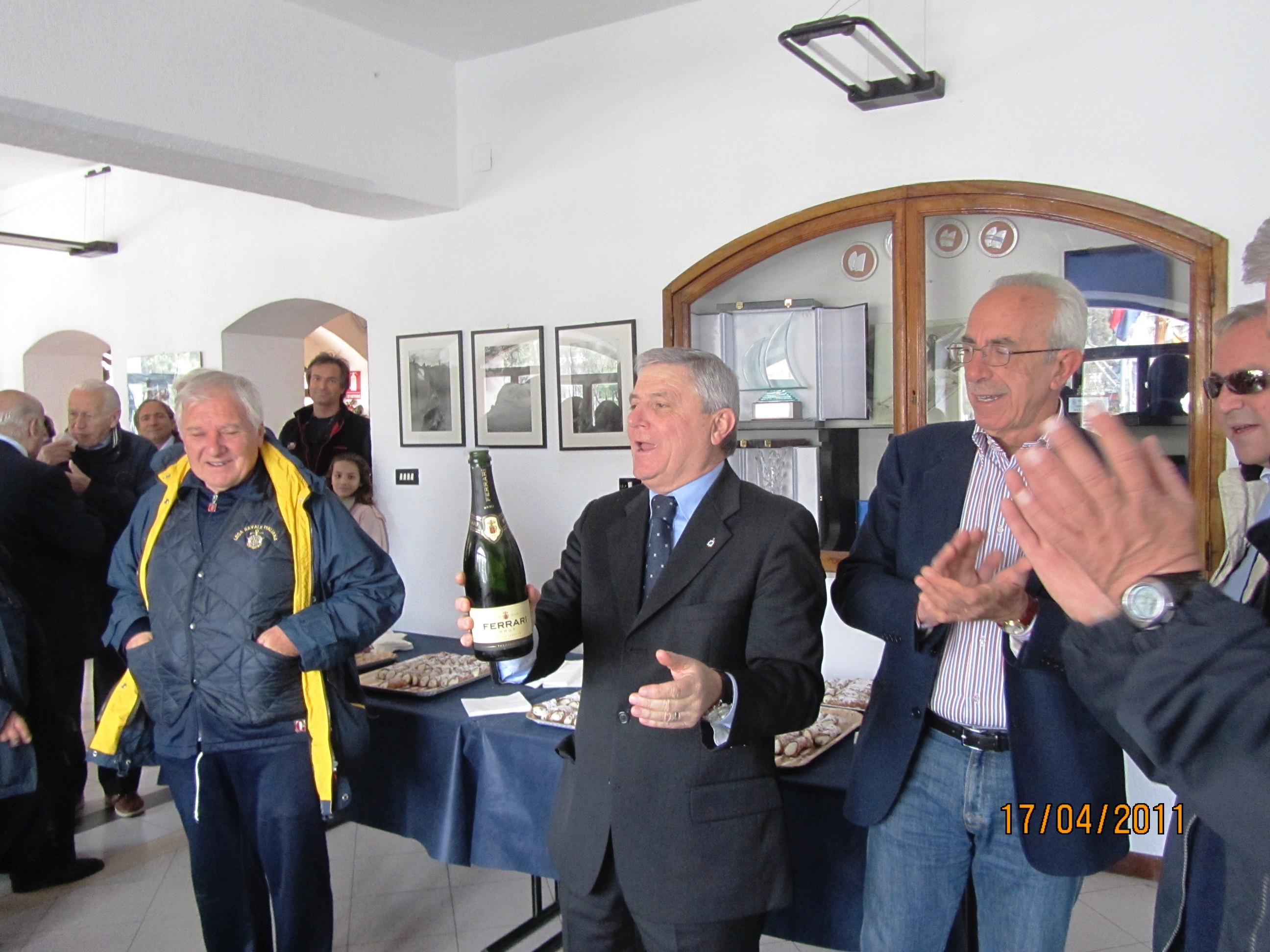 http://www.leganavalestabia.it/immagini_articoli/miniature/21303292437.jpg